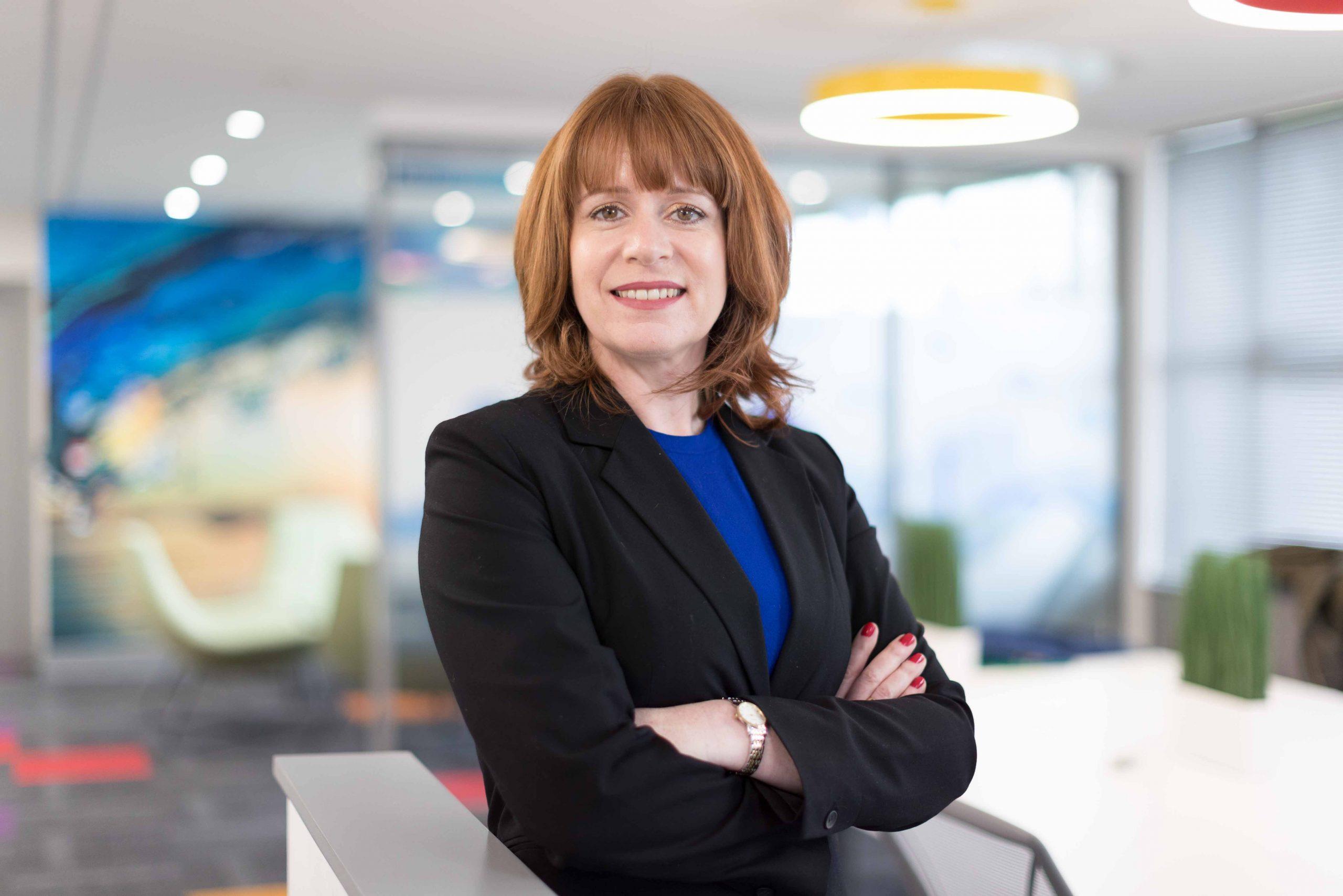 Jane Mitchell, Integrum